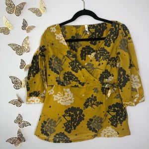 🦋🌙 FOSSIL   Multi Floral Top